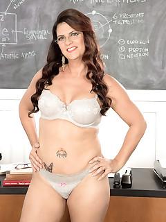 Big Tits Teacher Pics